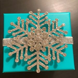 Tieks Box with Limited Edition Snowflake Topper